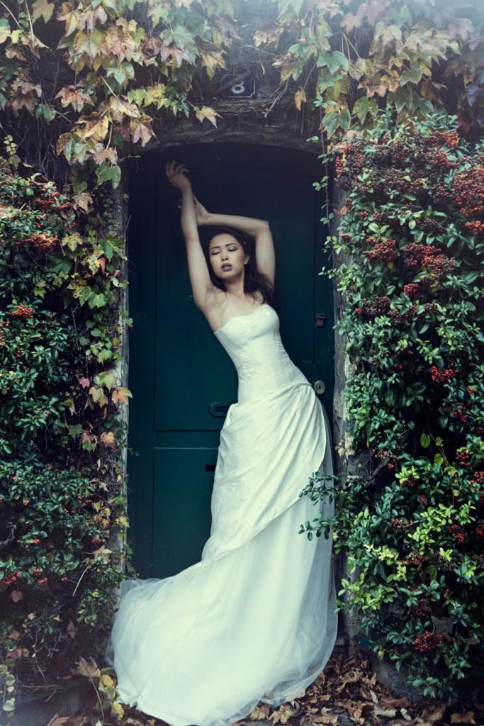 Robe de mariée (corset et jupe)