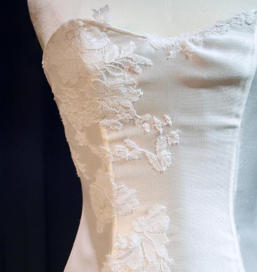Haut de robe de mariée corsetée