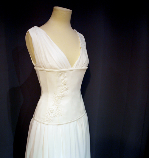 Dress with underbust